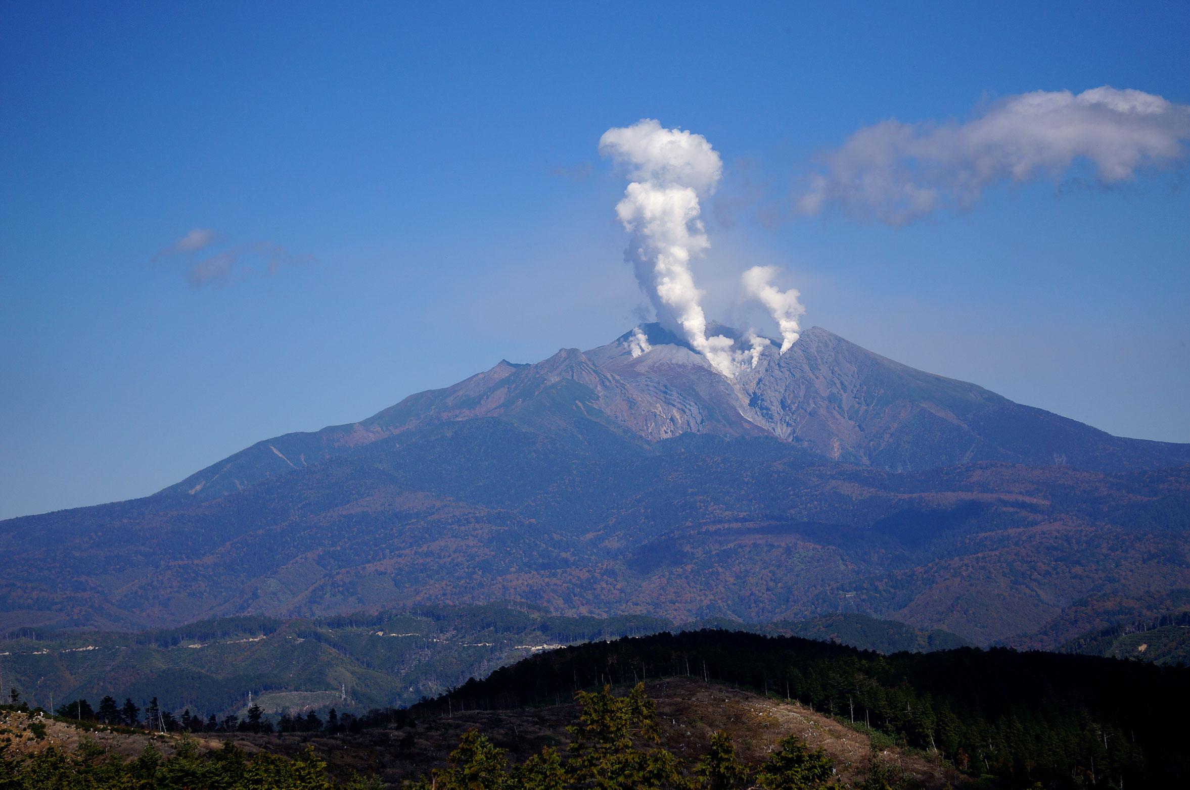 御嶽噴火1
